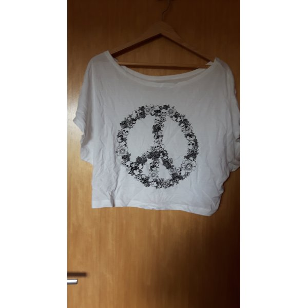 kurzes weißes t-shirt