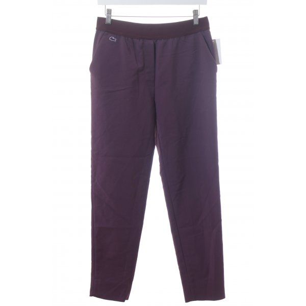 Lacoste Stoffhose brombeerrot Street-Fashion-Look