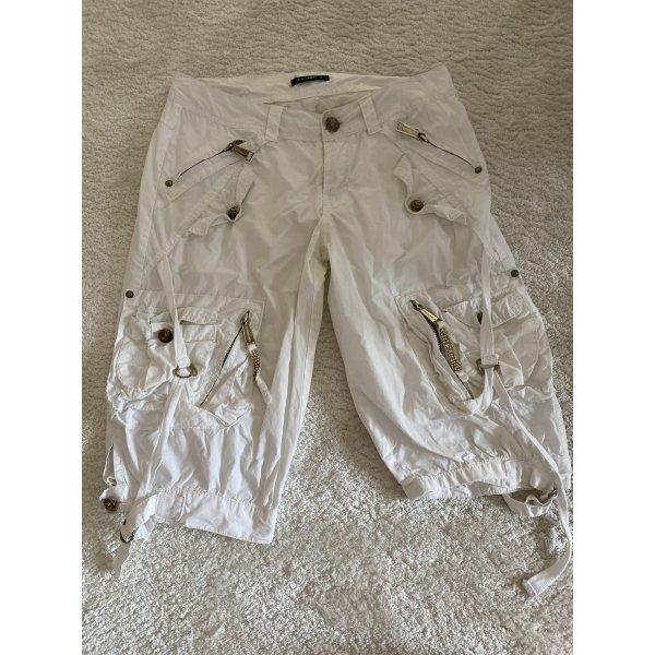 Lässige weiße Sommerhose