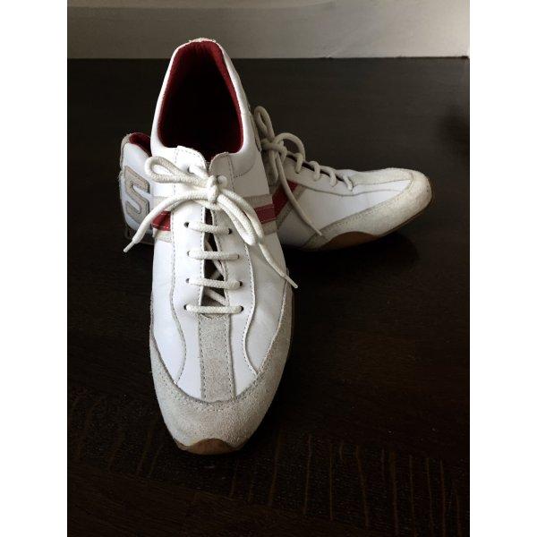 Lederschuhe weiß mit Rot,Glatt und Wildleder,Sohle mit Noppen,evtl auch für Sport geeignet,ich wollte Golf damit spielen !