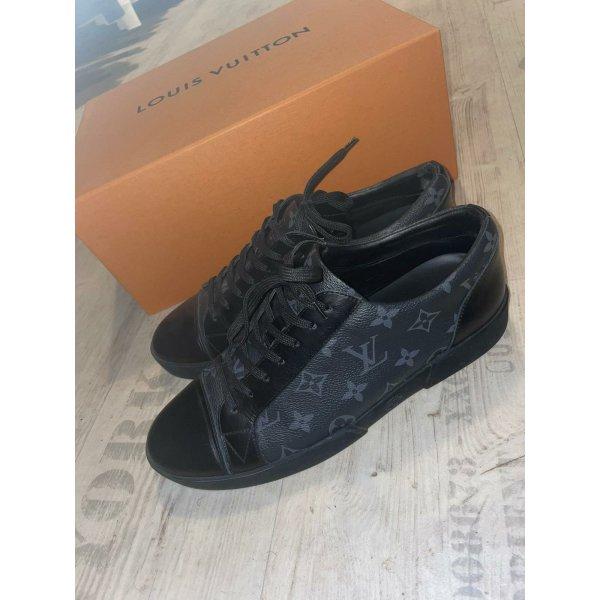 Louis Vuitton Sneaker (elegant /sportlich)