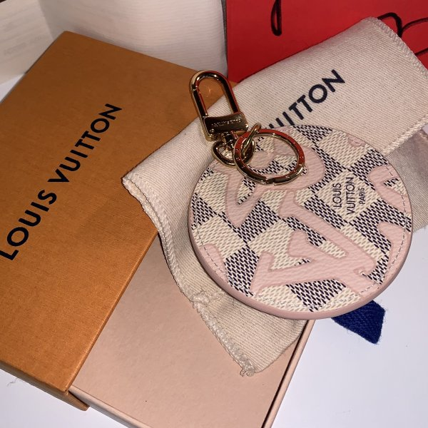 LOUIS VUITTON TAHITIENNE Bag Charm Fullset