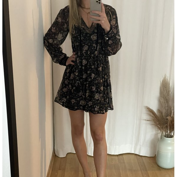 Luftiges Kleid, Zara, Gr.36