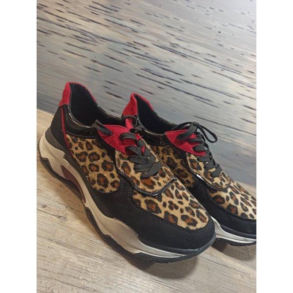 Marco Tozzi Ugly Plateau Sneaker Gr 41 Leo, rot,schwarz, nie draussen getragen!