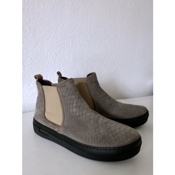 Megabequem! Chelsea-Boots von Ca'Shott