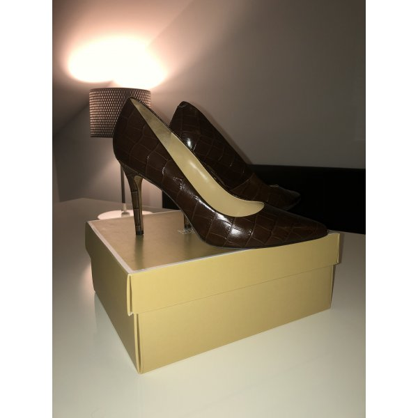 Michael Kors Lackleder Pumps