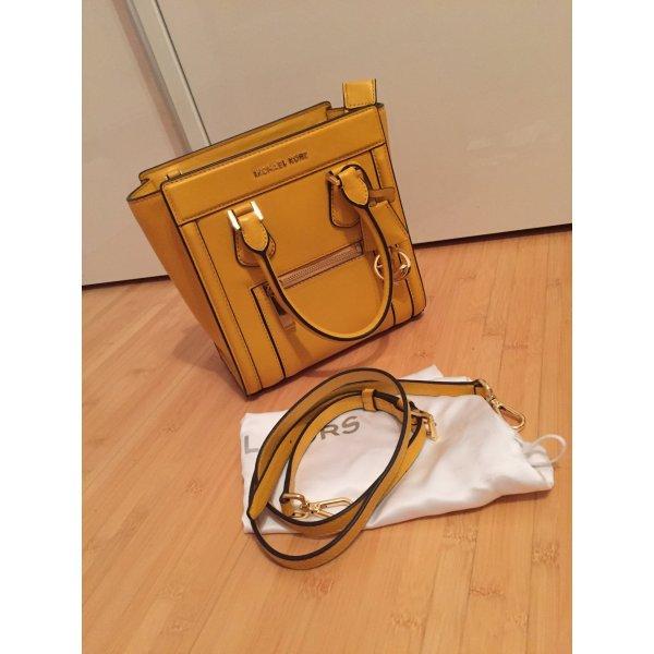 taschen handtaschen michael kors michael kors tasche in gelb. Black Bedroom Furniture Sets. Home Design Ideas