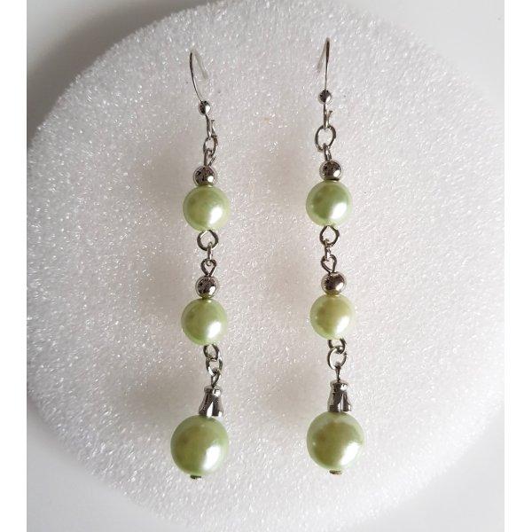 Modeschmuck Ohrhänger silber mit Perlen in blassgrün