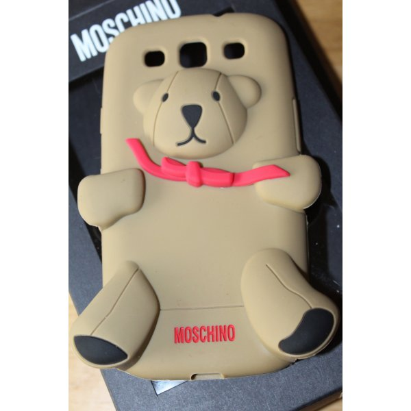moschino handyh lle f r samsung galaxy s3 teddy neu m dchenflohmarkt. Black Bedroom Furniture Sets. Home Design Ideas
