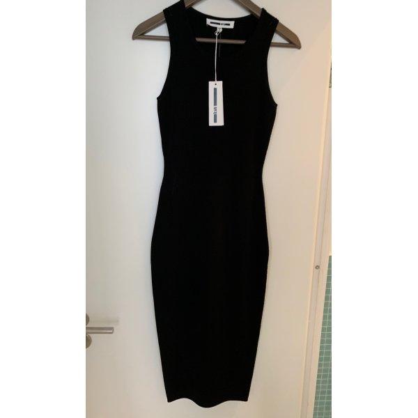 Neu mit Etikett: super gut sitzendes Stretch Kleid von McQ Alexander McQueen