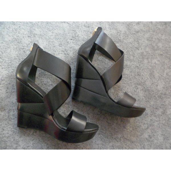 Diane von Furstenberg Platform High-Heeled Sandal black leather