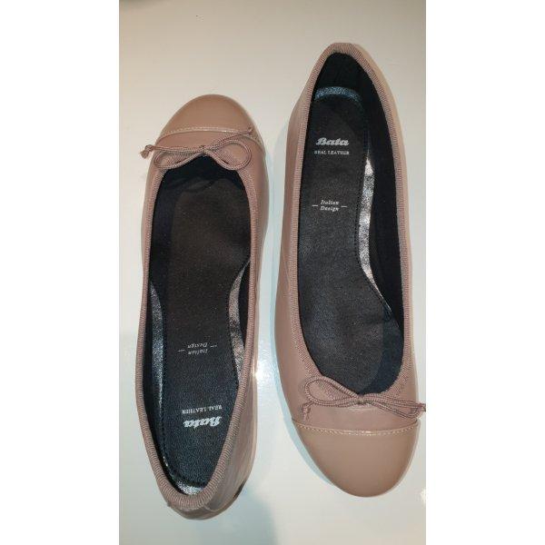Neu und ungetragen ! Ballerinas, Größe 38 Bata, echt Leder, mit Etikett, rose