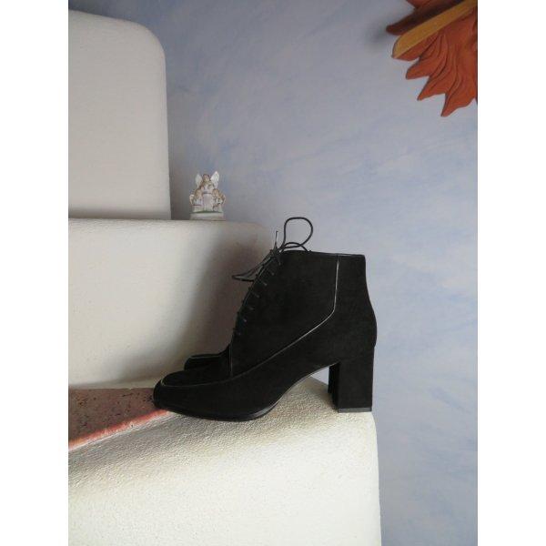 NEU und UNGETRAGEN! Elsa Nucci Italy Schwarz  Ankle Boots Block Heel Schnürer 39,5