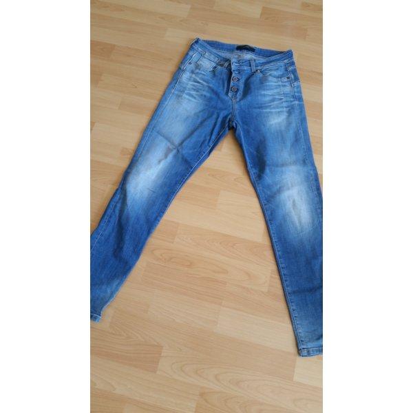 Neue Boyfriend Jeans von Object