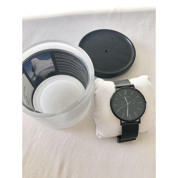 Neue Designer Uhr in schwarz