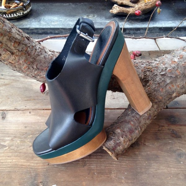 Neue MARNI Sandaletten Grösse 39