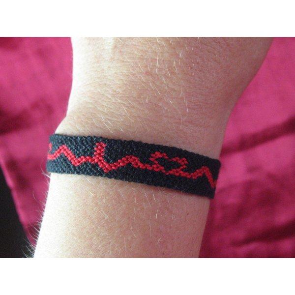 Friendship Bracelet black-red cotton
