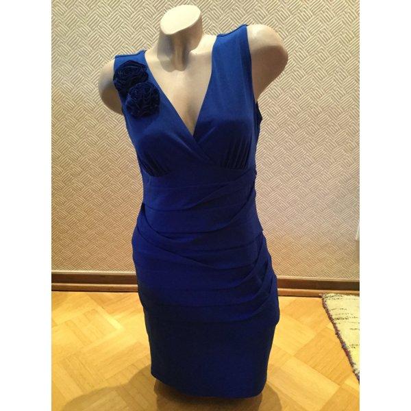 Neus Kleid
