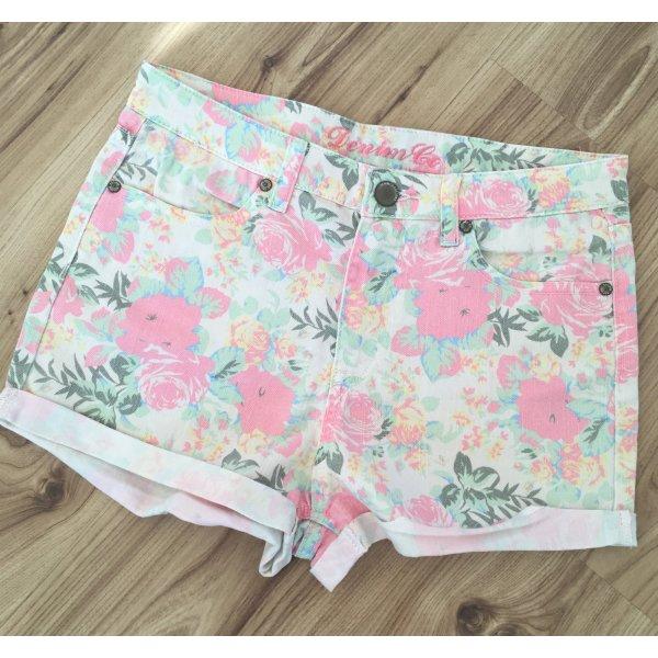 NEUwertige Denim Company Hotpants High Waist Jeans Shorts Blumenmuster Nude S 36 XS 34