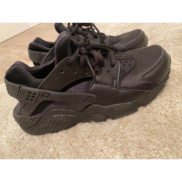 Nike Air Huarache Damen Sneaker