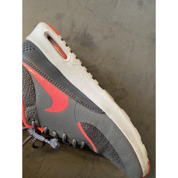Nike Air Max Thea grau-neonpink