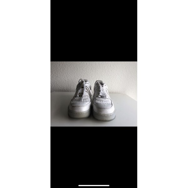 Nike air white