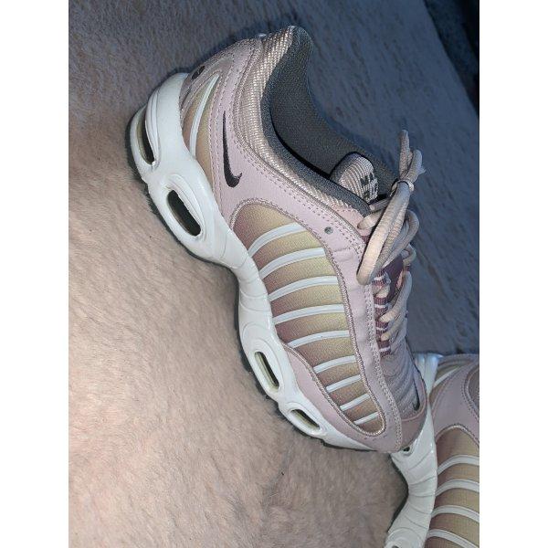 Nike AirMax Tailwind IV