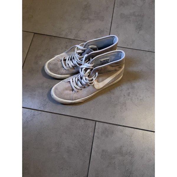 Nike Chucks