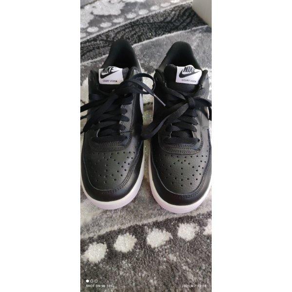 Nike gr 37,5 sehr guter Zustand