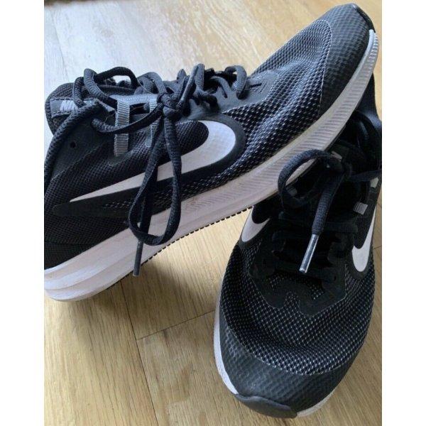 Nike Größe 38