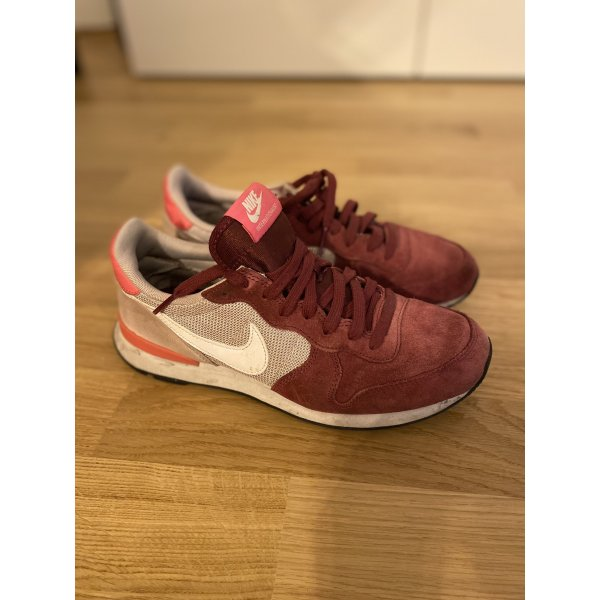 Nike Internationalist rosa/rot