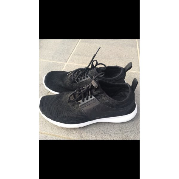 Nike Juvenite Flyknit all Black in 38,5