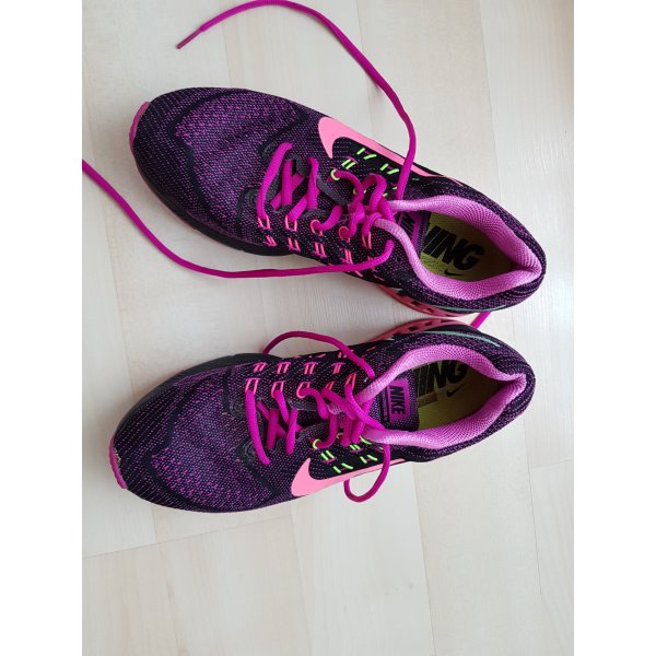Nike Schnürsneaker