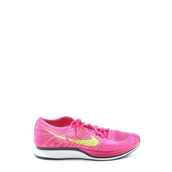Nike Schnürsneaker pink-blassgelb Casual-Look