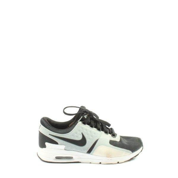Nike Schnürsneaker weiß-schwarz Casual-Look
