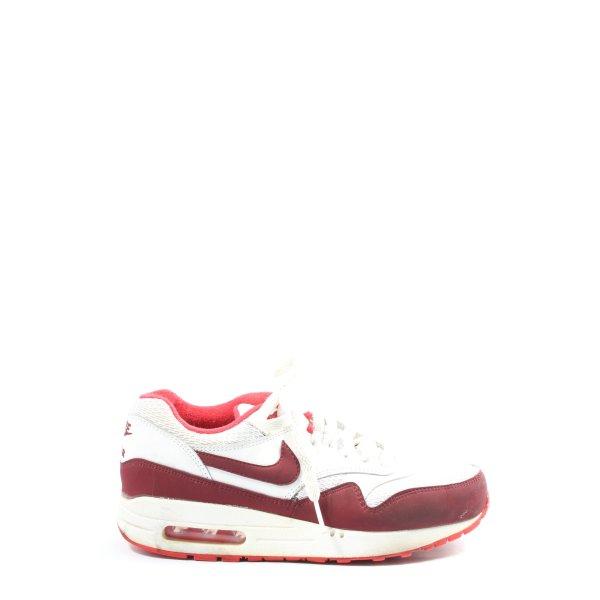 Nike Schnürsneaker rot-weiß Casual-Look