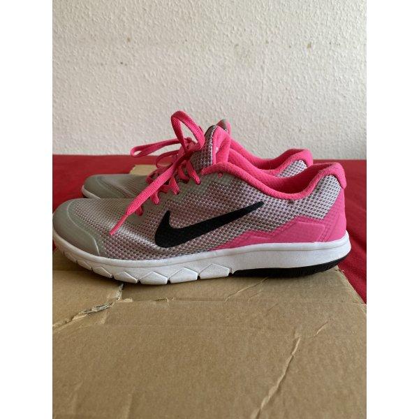 Nike Schuhe Sport Gr. 38,5
