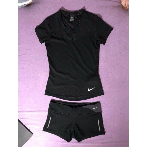 Nike Set: Top und shorts Gr. S