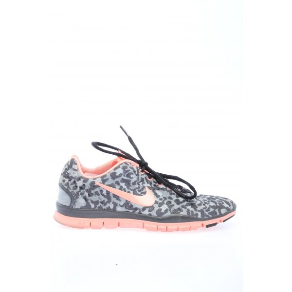 Nike Skaterschuhe hellgrau-pink Animalmuster Casual-Look