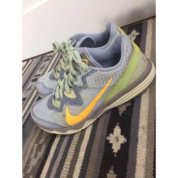 Nike Sneaker Outdoor gr. 36,5