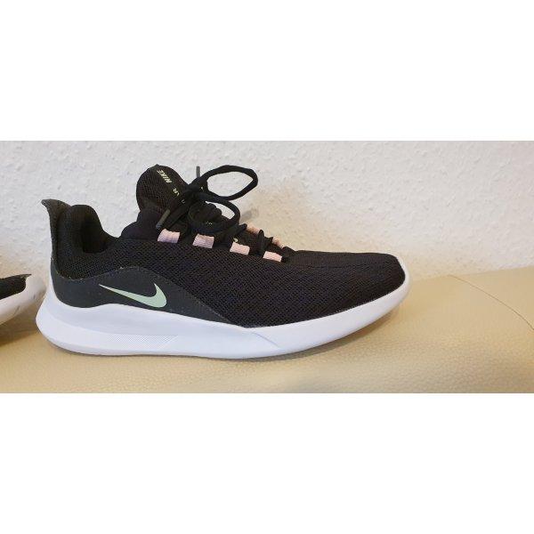Nike Sneaker schwarz 38