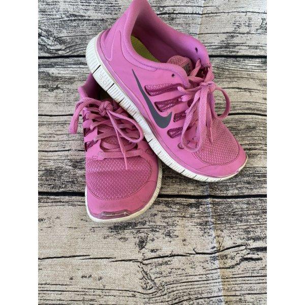 Nike sneaker  Turnschuhe Gr 38
