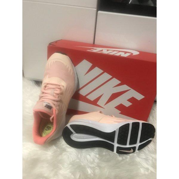 Nike Soft Star Runner