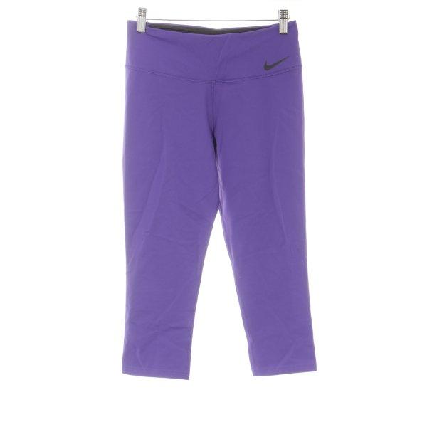 Nike Sporthose lila-schwarz sportlicher Stil