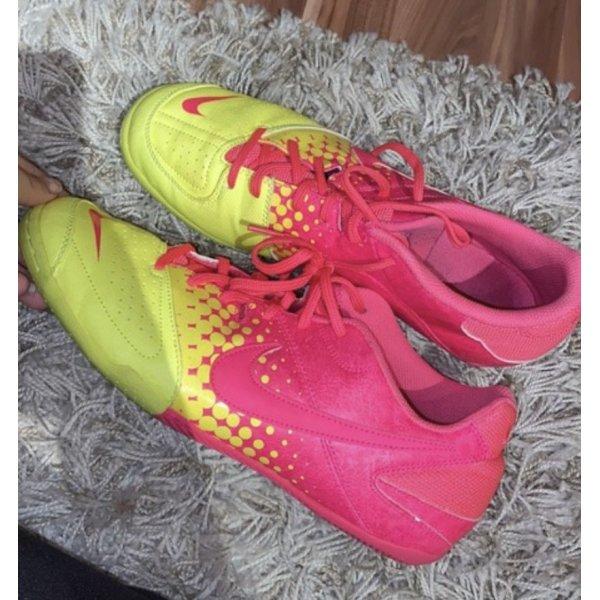 Nike Sportschuhe Gr. 43