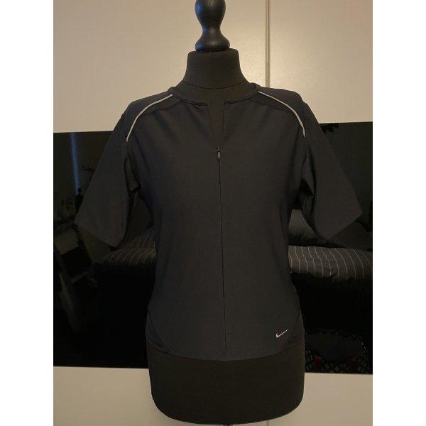 Nike T-shirt Gr. 34/36
