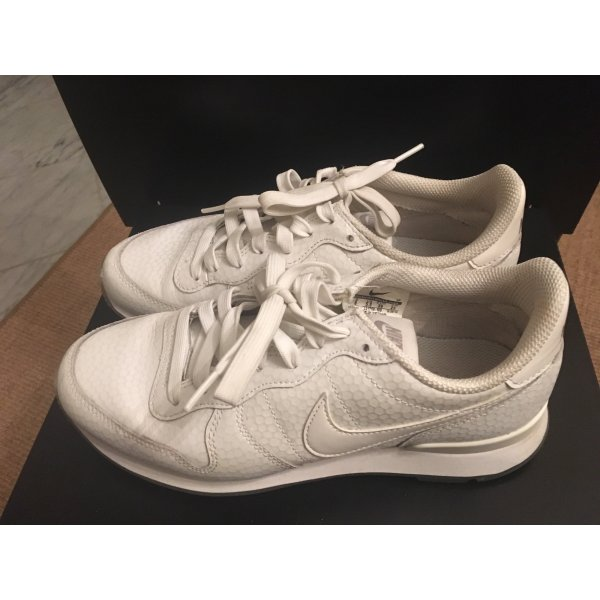 Nike weisse Leder Sneaker