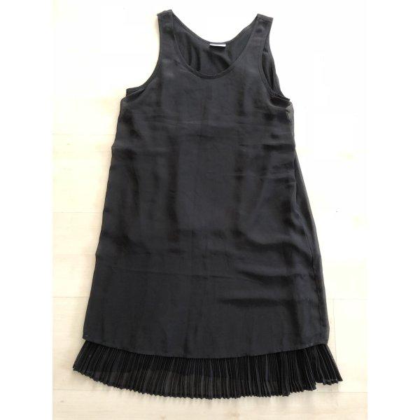 Noisy May schwarzes Kleid mit Plissee Gr.36/38