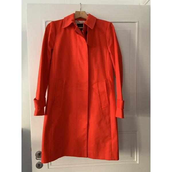 Orangefarbener Trenchcoat von Ann Taylor