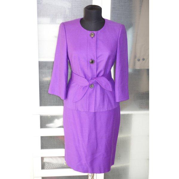 Org. RENA LANGE Kostüm aus Seide in violett Gr.36